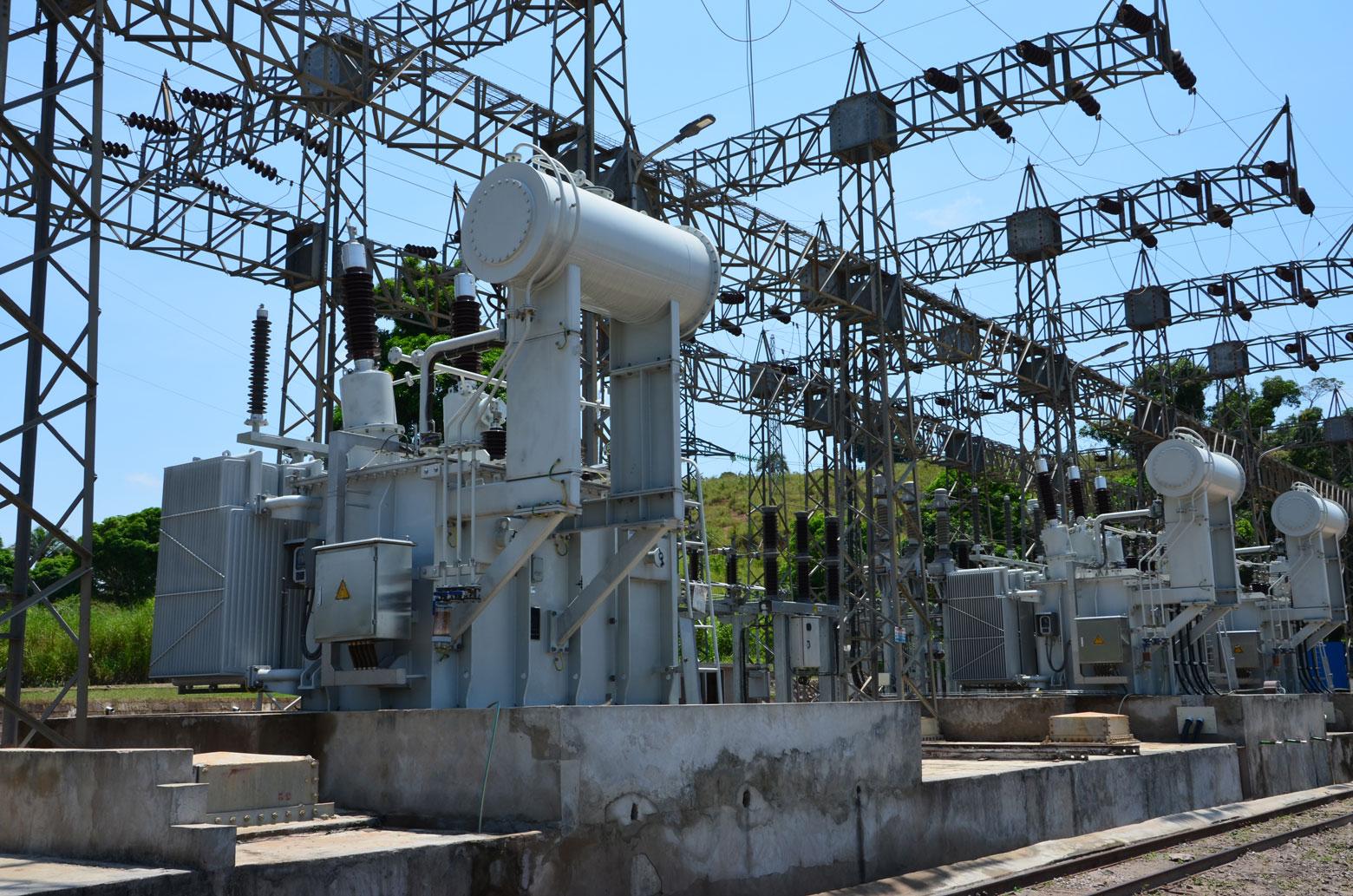 Poste de dispersion de la centrale hydroélectrique de Sanga