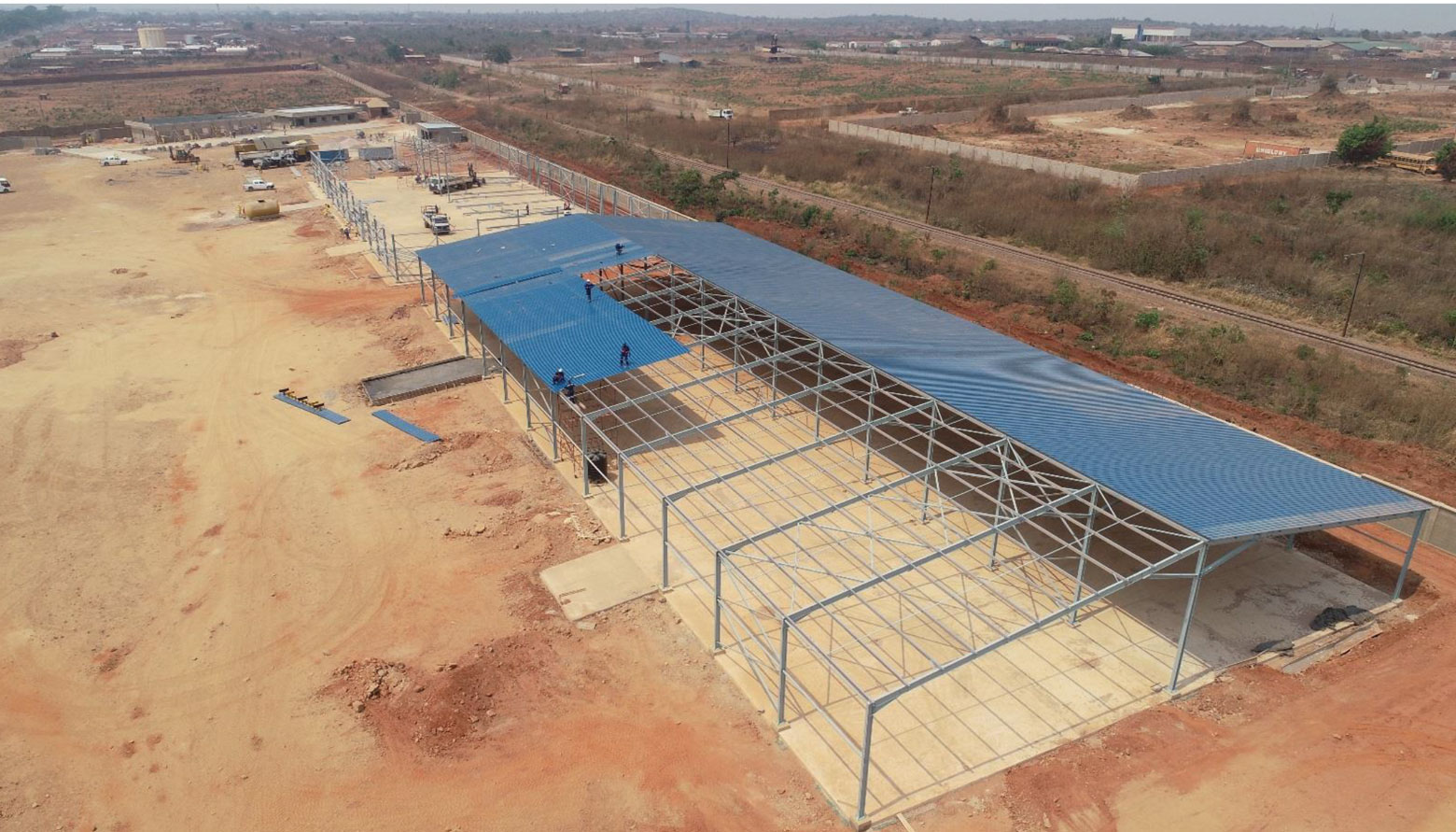 Fabrication et montage de hangar en RDC.