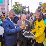 Le Vice-Gouverneur du Haut-Katanga, Jean-Claude Kamfwa et George A. Forrest inaugurent le CMC