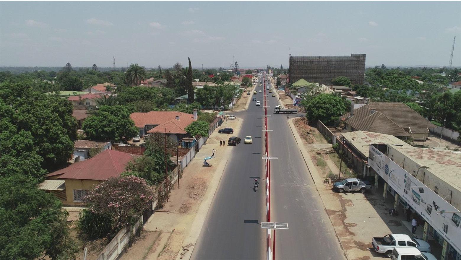 Kasavubu avenue in Lubumbashi