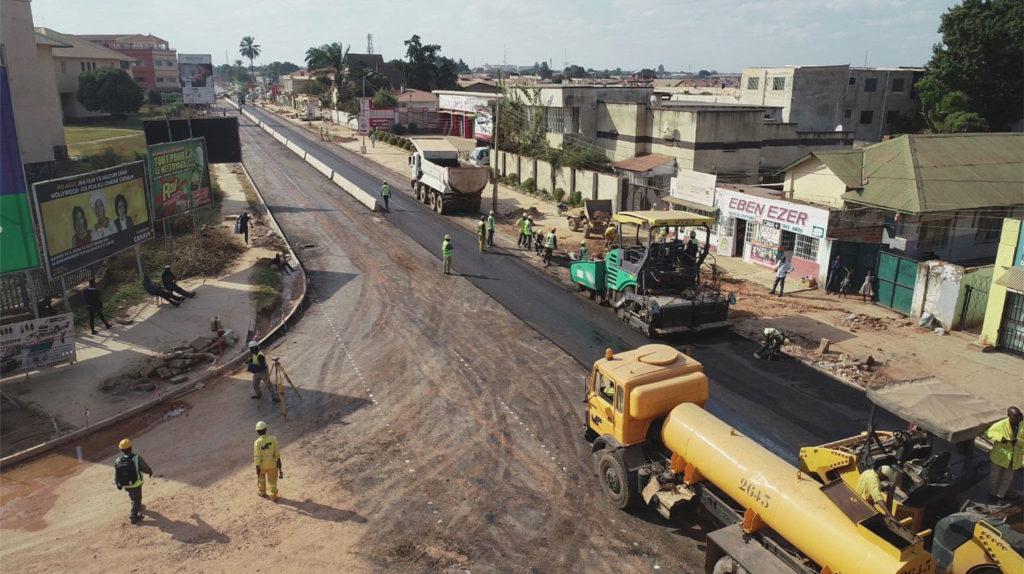 Rénovation de l'avenue Lumumba à Lubumbashi en 2020.